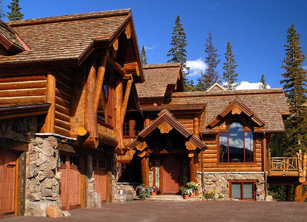 looks like a log house